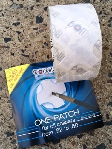 """VYTĚRÁKY BAVLNĚNÉ .22 CAL. - .50 BMG - Paul Clean - Rollpatch® 250 ks    Rollpatch® 250 Suché patche/vytěráky - role 250 ks  UNIVERZÁLNÍ PATCH do hlavní ráže 22LR až po 50BMGJedna velikost dokonale vyčistí jakoukoliv pistolovou či puškovou hlaveň! S těmito patchy není zapotřebí různých velikostí """"vytěracích hadříků"""""""