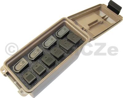 Tactical Magazine Can - TMCHG kufr na 10 ks dvouřadých zásobníků - MTM - hnědý MTM Tactical Magazine CanTMCHGmade in USAITEM: TMCHG - dark earthmasivní plastový box ve světle hnědé barvě s černým držákem a klipy
