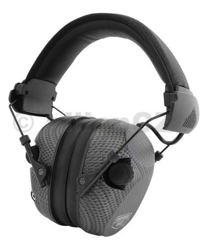 sluchátka střelecká elektronická Birchwood Casey® eKrest™ 26 dB Carbon Fiber Electronic Muffs Birchwood Casey® eKrest™ Carbon Fiber Electronic Muffsitem: 43250Elektronická střelecká sluchátkaeKrest Carbon Fiber s ochranou NRR 26dB Dva všesměrové mikrofony Obsahuje 2 baterie AAAZtlumí veškerý zvuk nad 85 dB. Vypínač s ovládáním hlasitosti pro variabilní zesílení zvuku. Včetně pomocného vstupního konektoru s pomocným kabelem. Dva všesměrové mikrofony. Sklopná