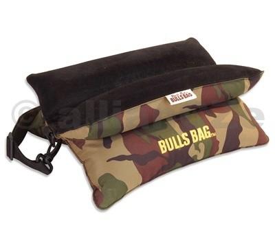 střelecký vak - BULLSBAG Bench Camo Bag & Strap - Filled & Unfilled autorizovaná distribuce v ČRVelkoobchod / MaloobchodBULLSBAG Bench Camo Bag & StrapITEM:1505luxusní měkký střelecký vak -podpěra pro střelbu s dlouhých zbraní.Provedení vCAMO barvě(woodland camo)v kvalitním materiálu polyester-semiš(600 Polyester w/UV coating)(Moisture resistant)spopruhem pro přenášení.Neklouzavý povrch v místěpro opěru zbraně.Hmotnost:nenaplněný: 0