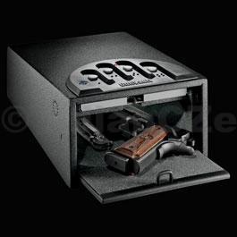 bezpečnostní schránka GunVault MINI 1000 STANDART Bezpečnostní ocelová schránkaGunVault GV1000C-STDv USA velmi oblíbený model bezpečného úložiště
