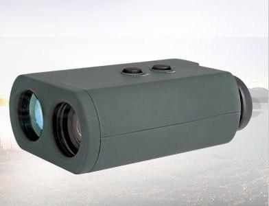 dálkoměr laserový digitální - HAWKE Laser Range Finder RF6000 dálkoměr digitální HAWKE Laser Range Finder RF6000 ITEM: LRF 1000 1000 m/yd Rozsah 6x zvětšeníFOV 100m/122mDešťový mód Automatické vypnutí Okamžité a přesné měřeníbarva těla: tměvě zelená Další vlastnosti: Ochranné pouzdro pro přenášení hadřík na čištění objektivu Návod k obsluzeLaserové monokulární dálkoměry poskytují okamžité měření vzdáleností a to důsledně a přesně. Významná optika poskytuje ostrý a jasný obraz za všech podmínek.Navrženo s ohledem na bezpečnost (schválení CE) očí při používání a s automatickým vypnutím pro úsporu energie. Dává jasnou digitální indikaci vzdálenosti pouhým stisknutím tlačítka.Používá se pro trvale přesné měření vzdáleností při lovu