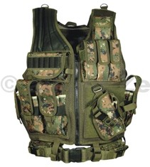 Taktická luxusní vesta UTG Tactical Vest - Woodland Digital Deluxe Tactical Vest with Quick Draw Holster