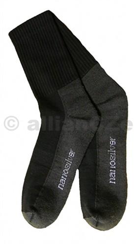 NANOSILVER sportovní ponožky skvělé do sportovních tenisek či pracovních bot.Vhodné pro každodenní nošení v náročných podmínkách.Složení: 55% bavlna - 29% nanoPES - 16% elastanAntibakteriální ponožky s obsahem stříbra nanosilver.
