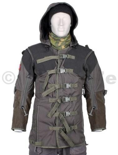 Střelecká bunda pro odstřelovače a lovce - ULFHEDNAR Shooting Jacket - XL     Nepromokavá bunda pro střelce na dlouhé vzdálenosti UH050 Shooting Jacket PRS velikost XL - šedé odstíny   Tato bunda je speciálně určena pro střelbu na dlouhé  vzdálenosti a lov. Vodě odpuzující Cordura (R)